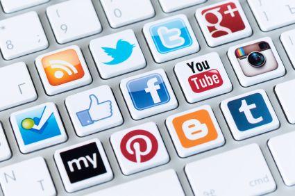 אמיר לוז | מומחה לרשתות חברתיות בחינוך