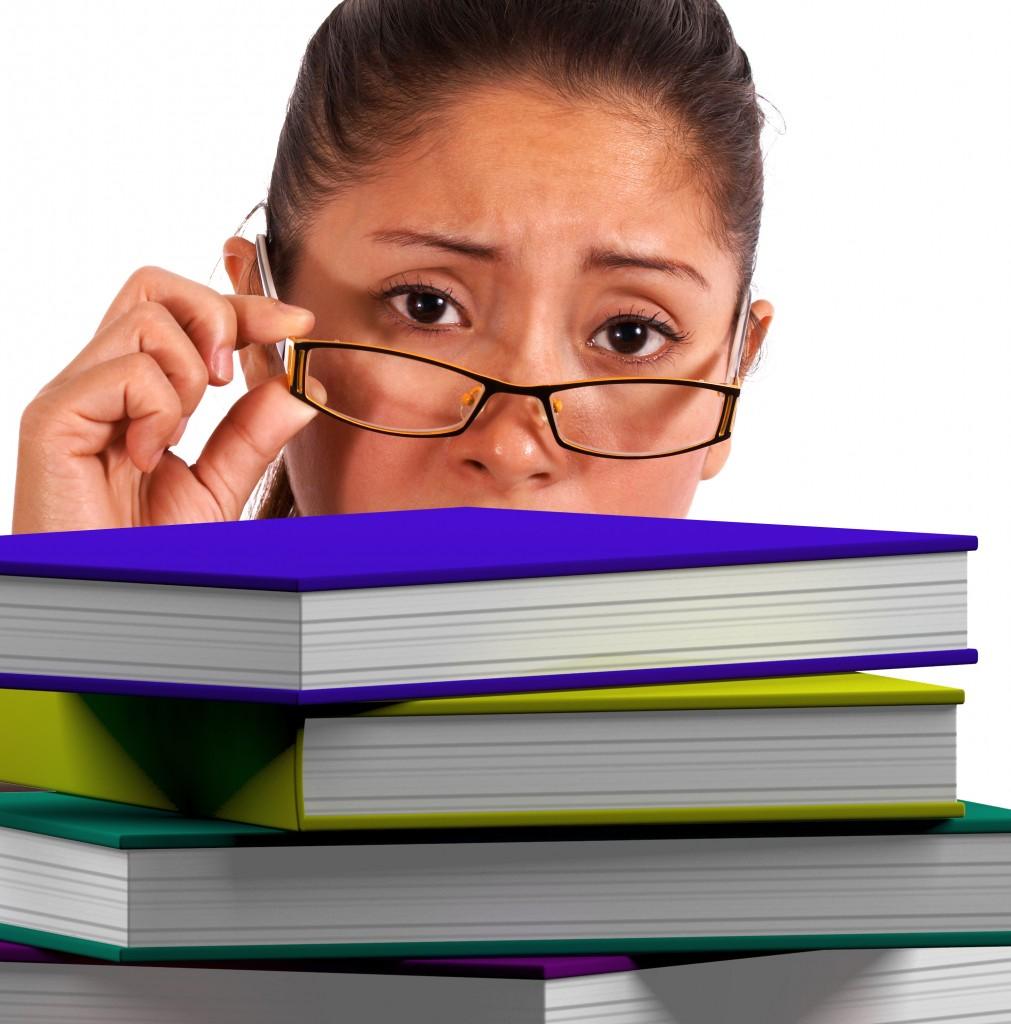 משרד החינוך מעודד למידה דרך רשתות חברתיות בתנאי שהלמידה מתבצעת בסביבה סגורה (כלומר המורה בעצמו יוצר ומנהל את הקבוצה) ובתנאי שהמורה מגדיר את מטרת הפעילות בקבוצה